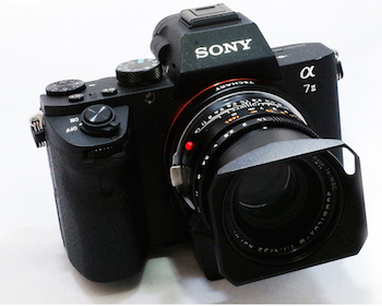 this adapter turns manual focusing leica lenses into autofocusing rh pdnonline com sony a7 best manual lens sony a7 manual focus lens