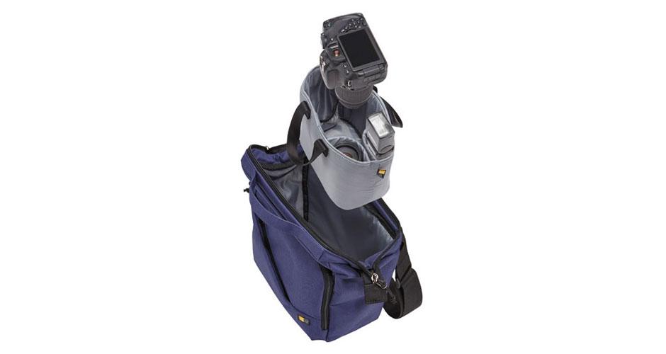 09-RoundUp-Case-Logic-Reflexion-DSLR-Shoulder-Bag-Use-HR