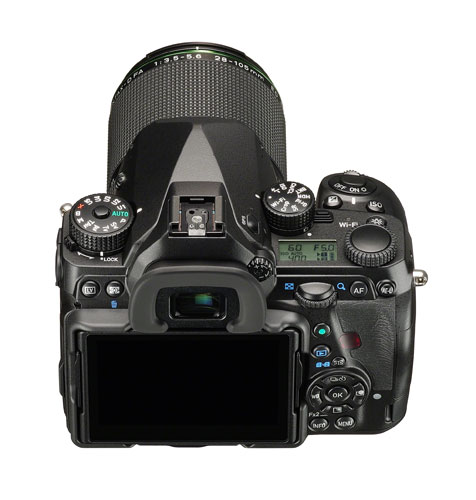 11-gear-reviews-pentax-k-1-top-back-screen-off