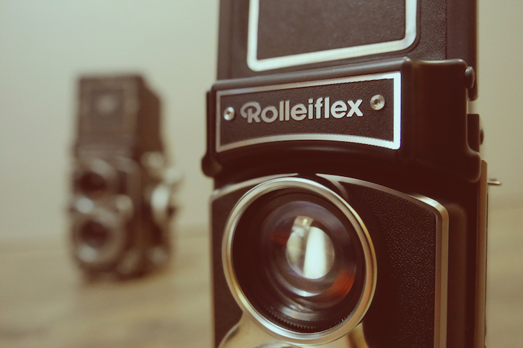 The Rolleiflex Is Back – Kind Of